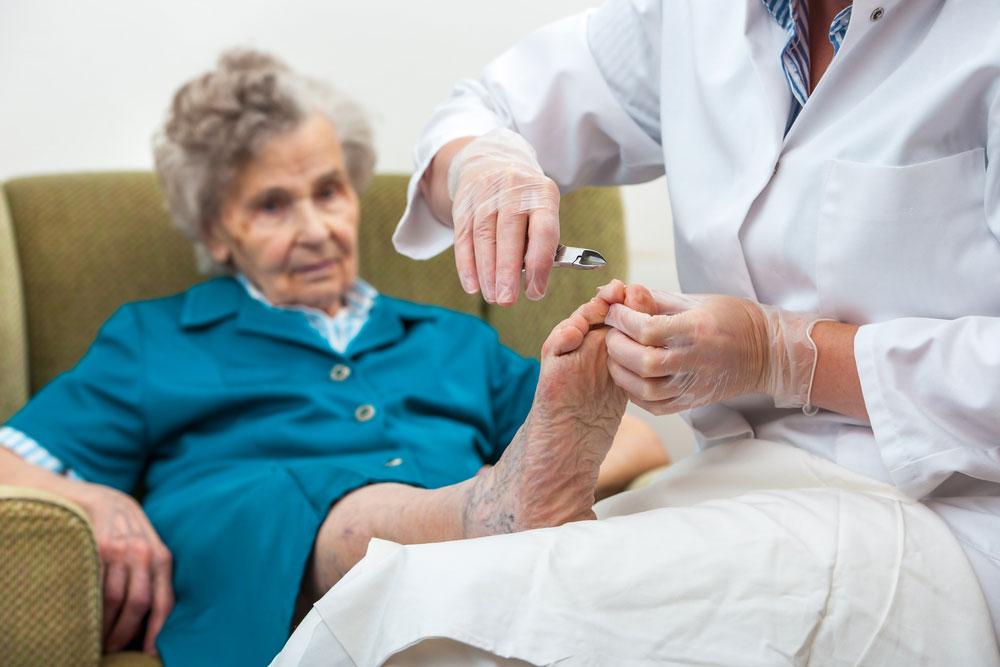 ileri yaş ayak bakımı